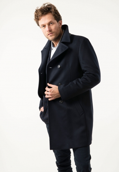 Płaszcz z wełny i kaszmiru...