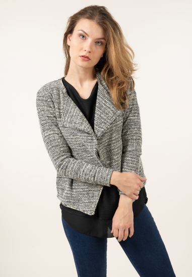 Sweter ze świecącą nitką...
