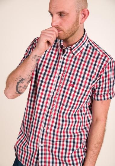 Koszula w kratkę z krótkim...