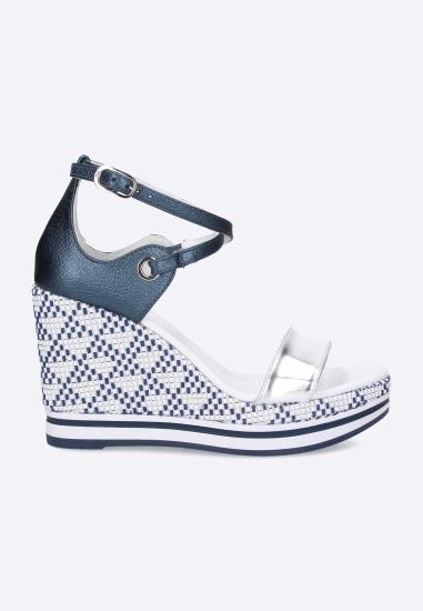 Sandały na koturnie Nero Giargini