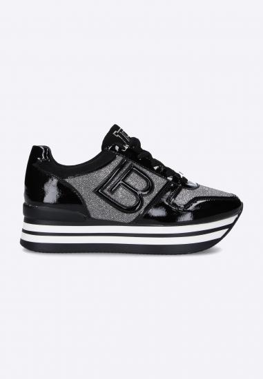 Sneakersy na grubej...