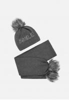 Komplet dziewczęcy czapka + szalik Mayoral