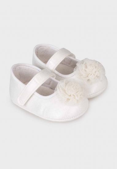 Pantofelki dla noworodka dziewczynki MAYORAL